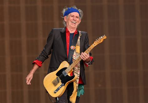 Keith Richards - Look who was a Boy Scout - Pictures - CBS