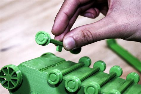 3D Printed Panzer Tank Prints Without Supports & Features