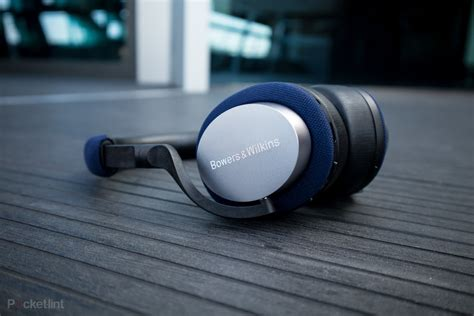 Bowers & Wilkins PX5 initial review