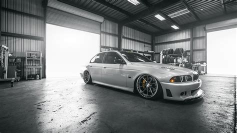 AIRLIFT: BMW E39 5-SERIES (1997-2013) PERFORMANCE SERIES