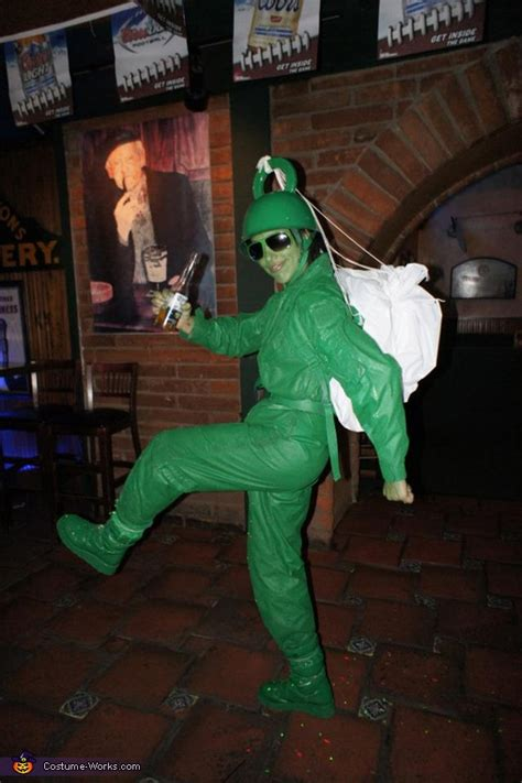Toy Story Soldiers Homemade Halloween Costume - Photo 3/7